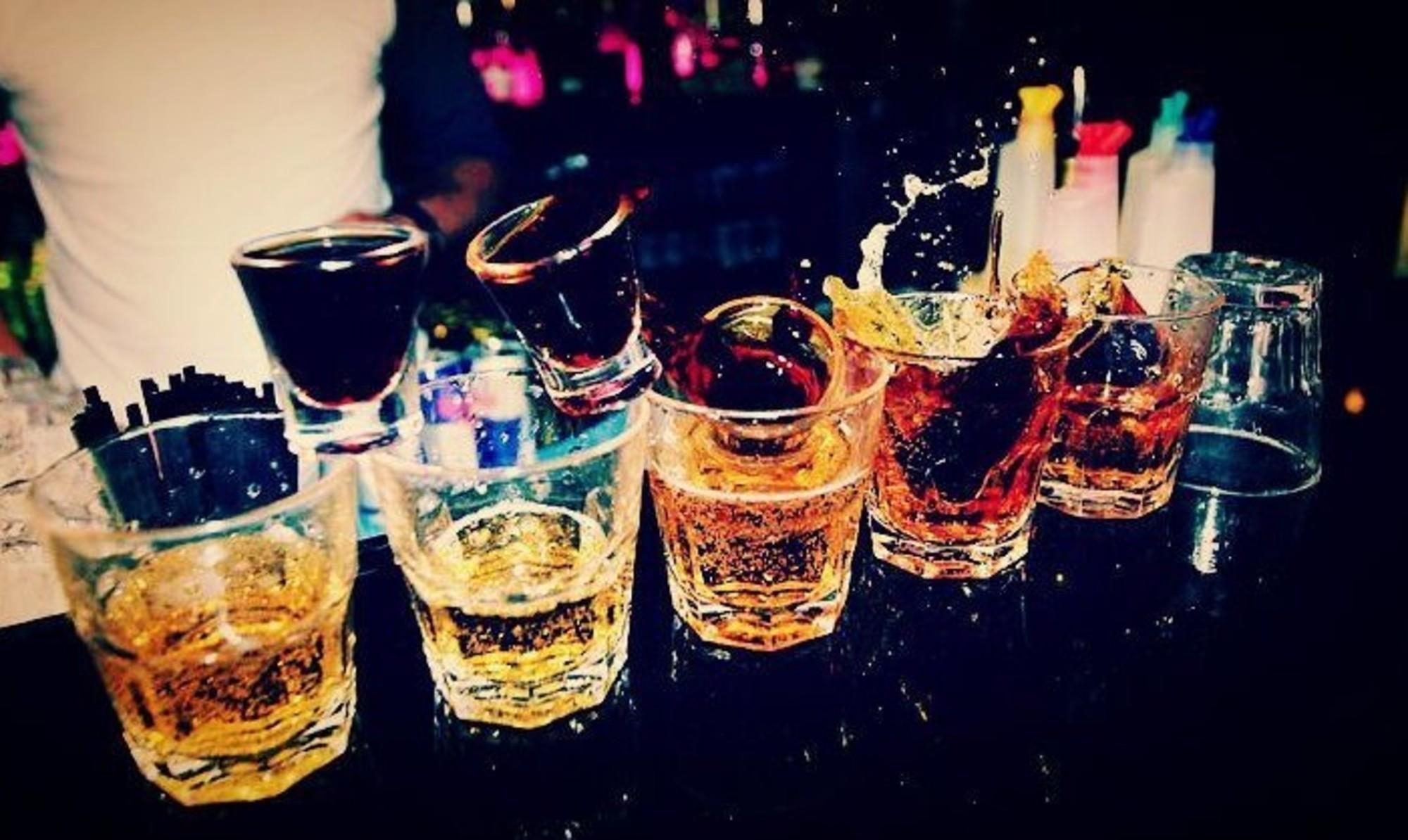 Картинка с алкоголем на день рождения