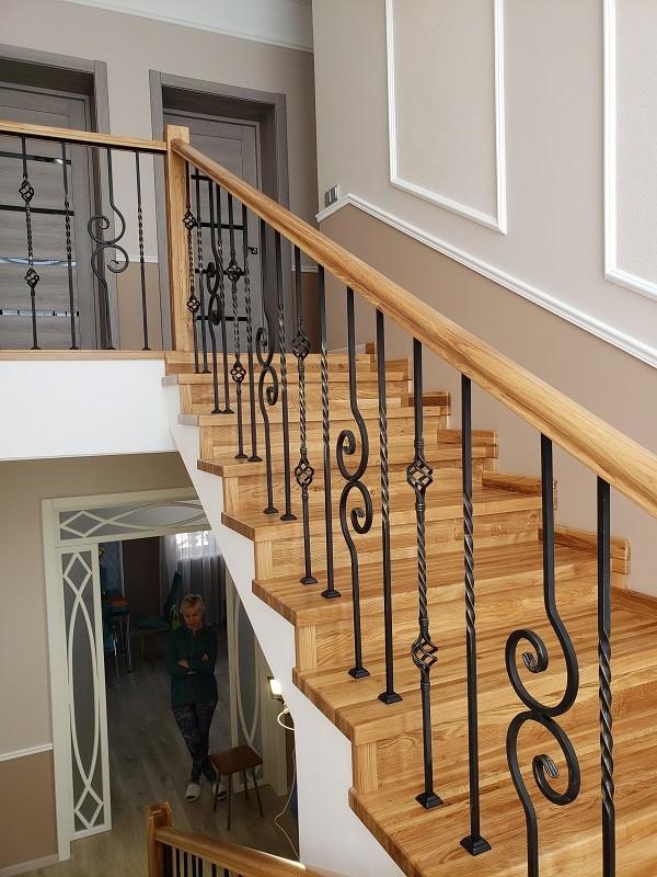 Эксклюзивные и недорогие лестницы на заказ от компании «Студия лестниц»